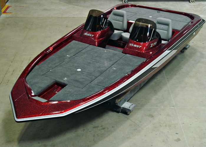 Quest Boats Z-19