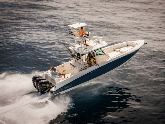 Boston Whaler350 Outrage