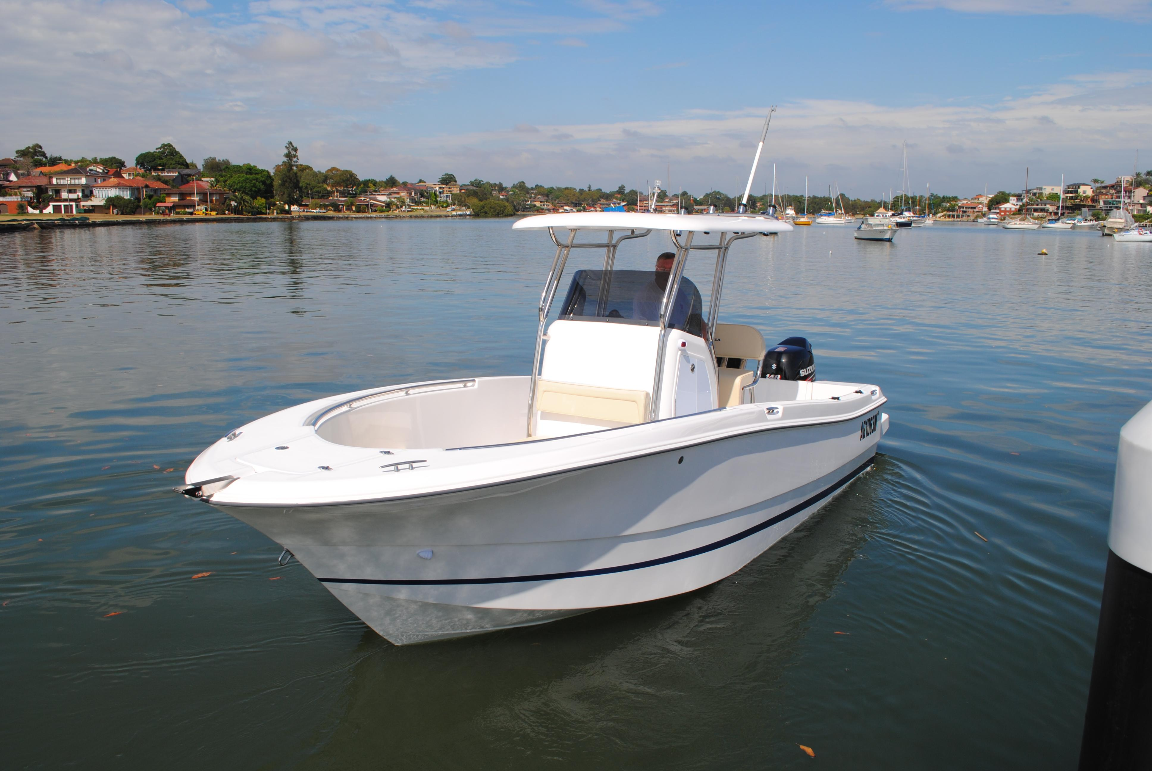 Sailor  Oceania 22 CC Center Console