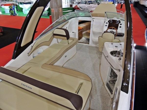 Triton Yachts 240 Cab