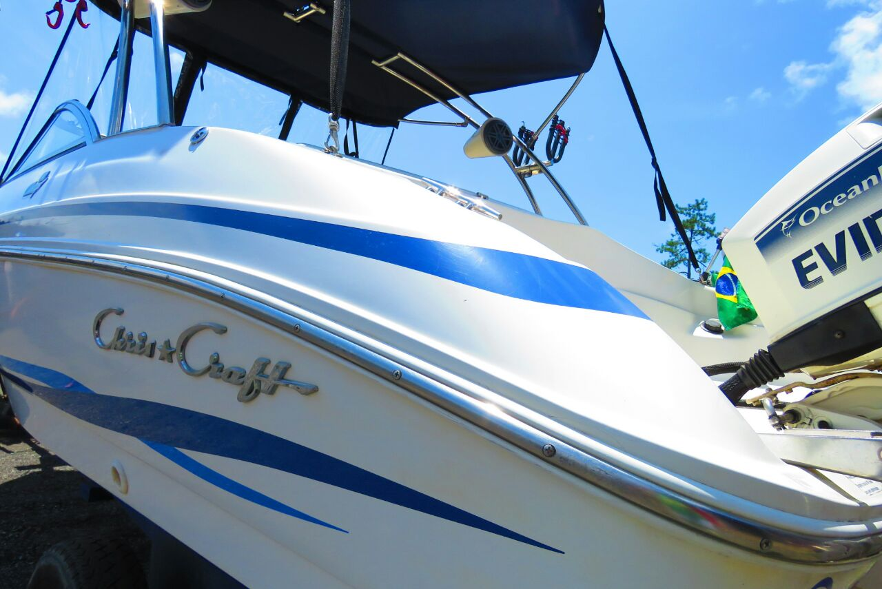 Chris Craft Capri 21