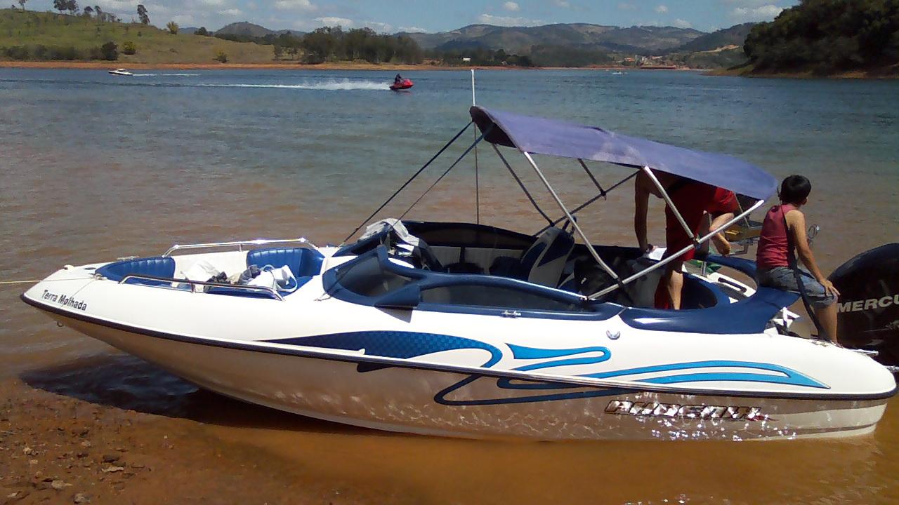 Phoenix Boats 190 Plus