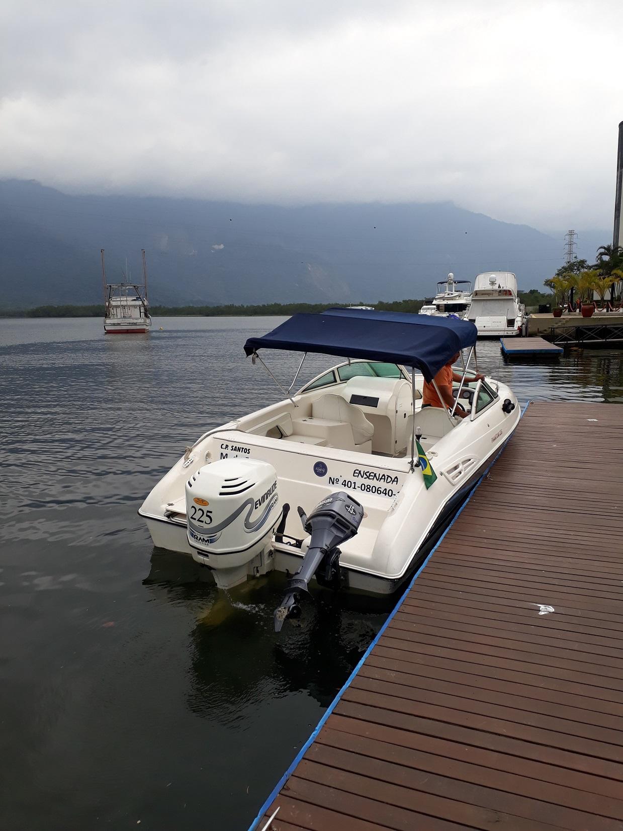 Schaefer Yachts Phantom 235