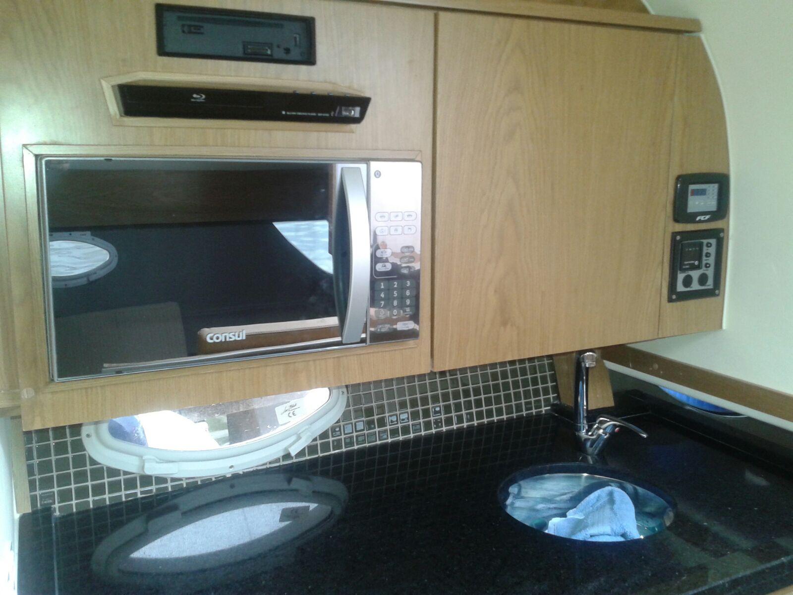 Solara 310 Cabin