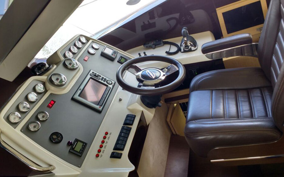 Intermarine 600 Full