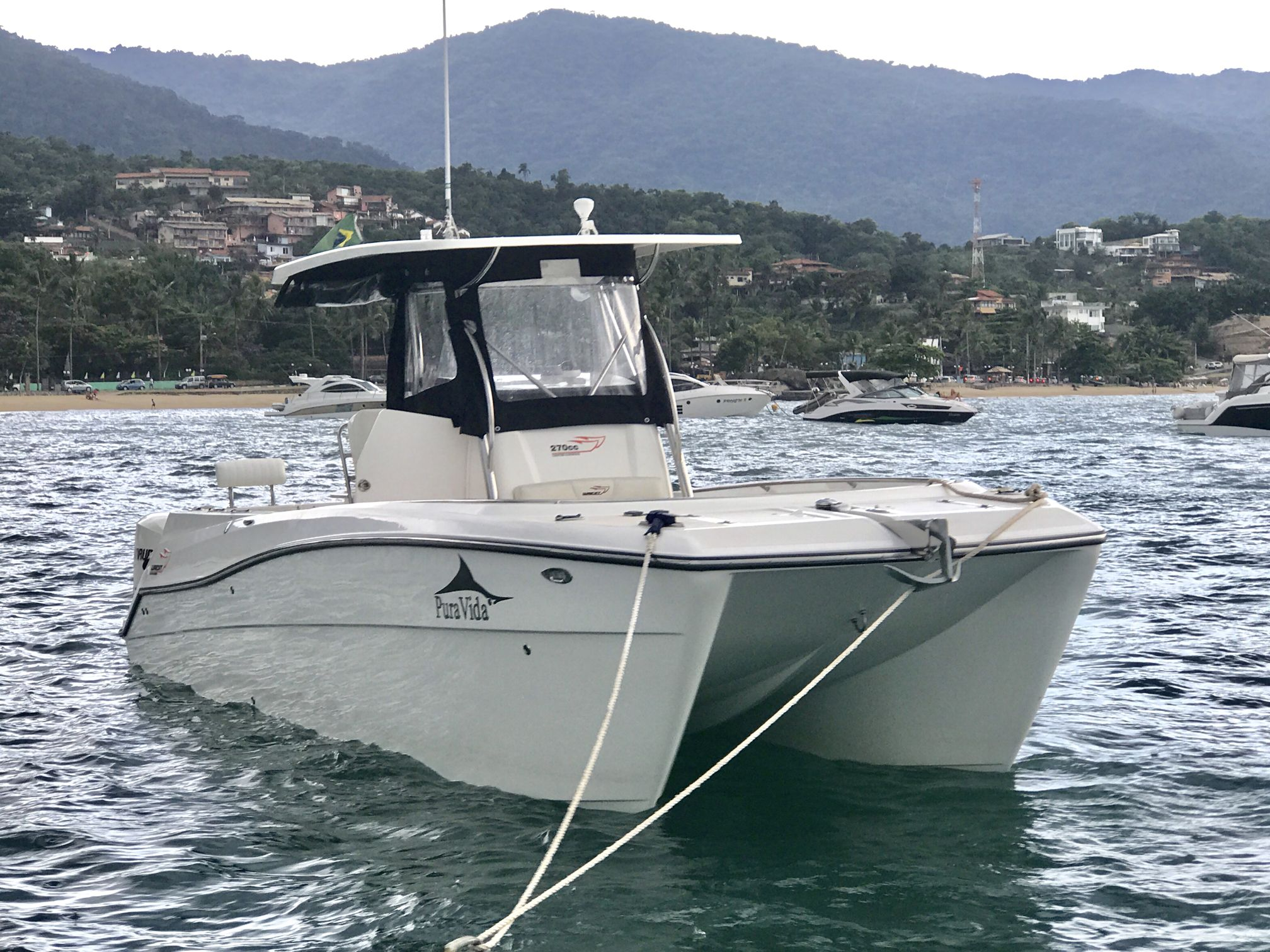 Waicat Power Catamarans 270 cc