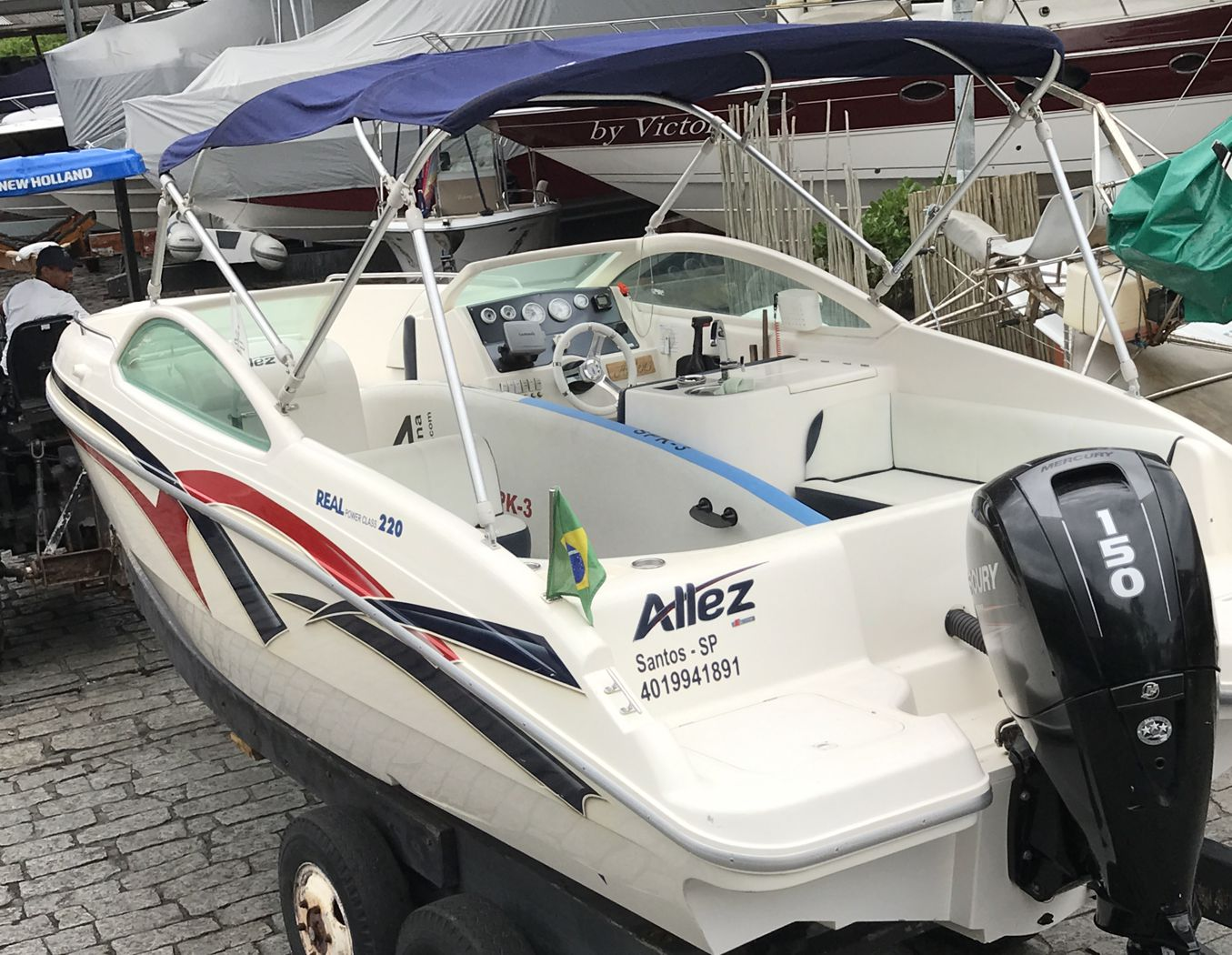 Real Powerboats REAL 220