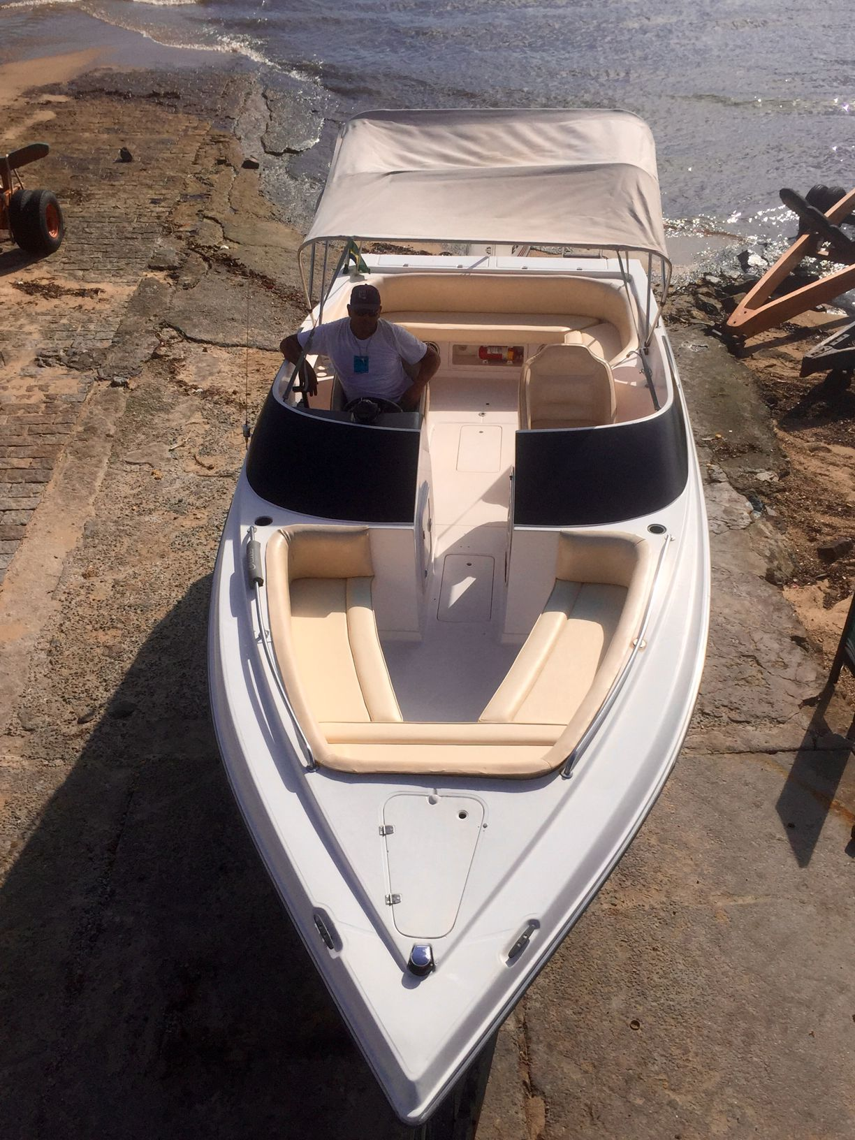 Real Powerboats 23