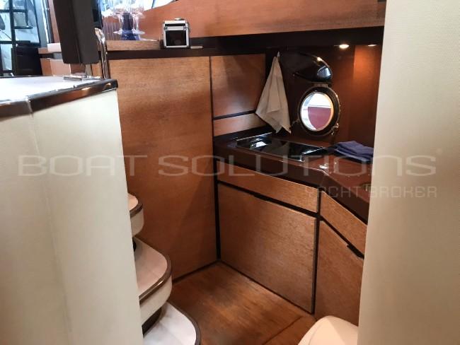 Azimut Yachts 40