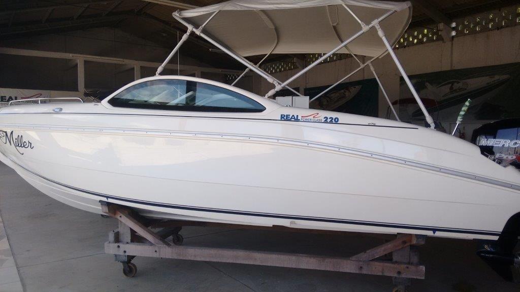 Real Powerboats REAL 220