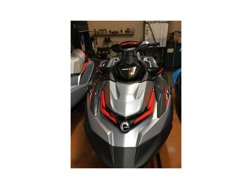 Sea Doo RXT X 300