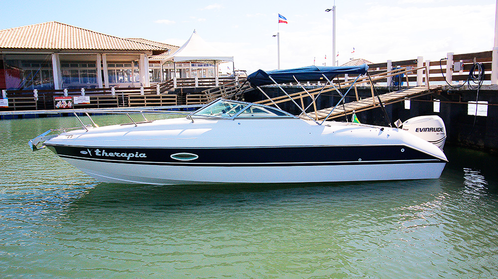 Schaefer Yachts Phantom 240