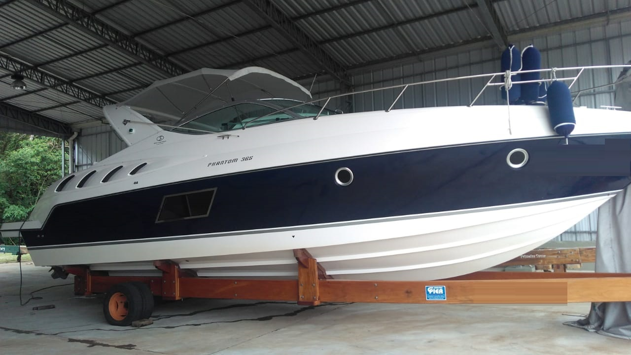 Schaefer Yachts Phantom 365