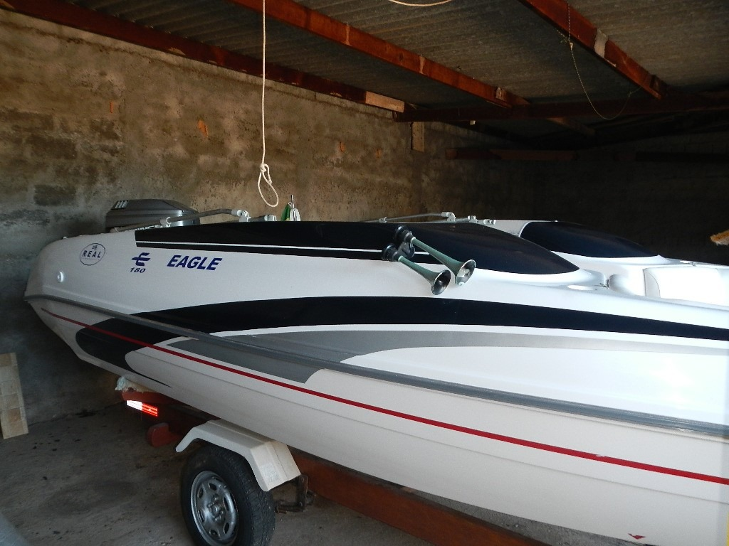Real Powerboats Eagle 180