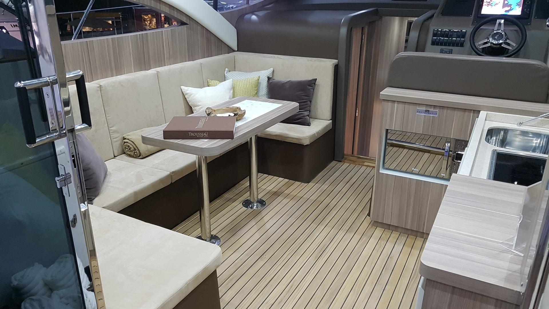 Armatti Yachts 480 Sport Coupe
