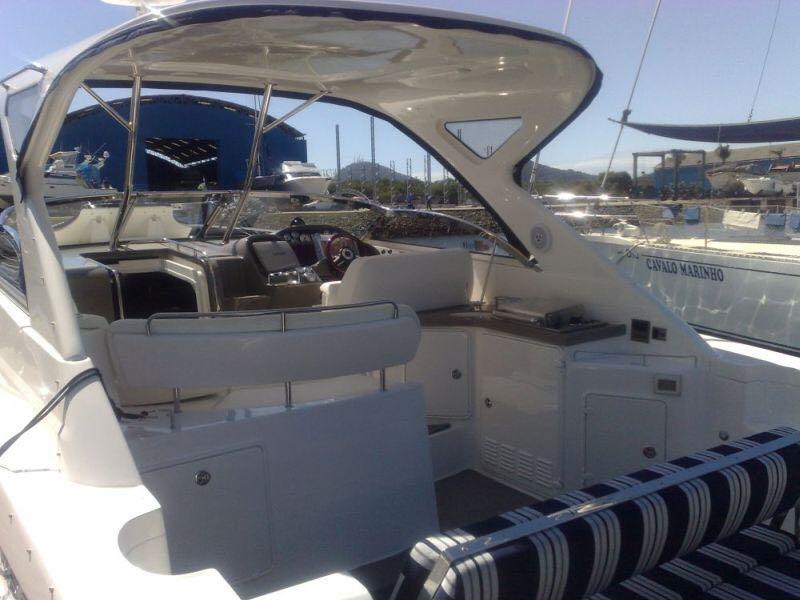 Regal Boats 38