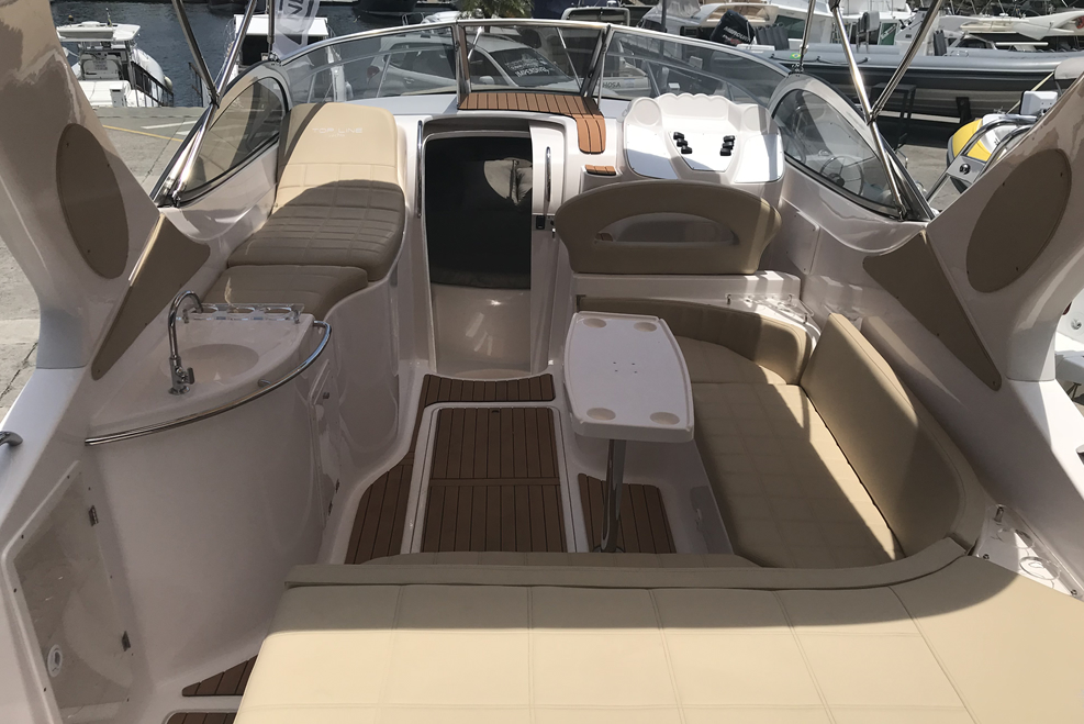 Top Line Yachts 275