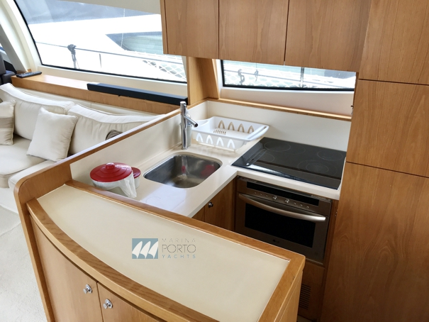 Ferretti Yachts Spirit 53