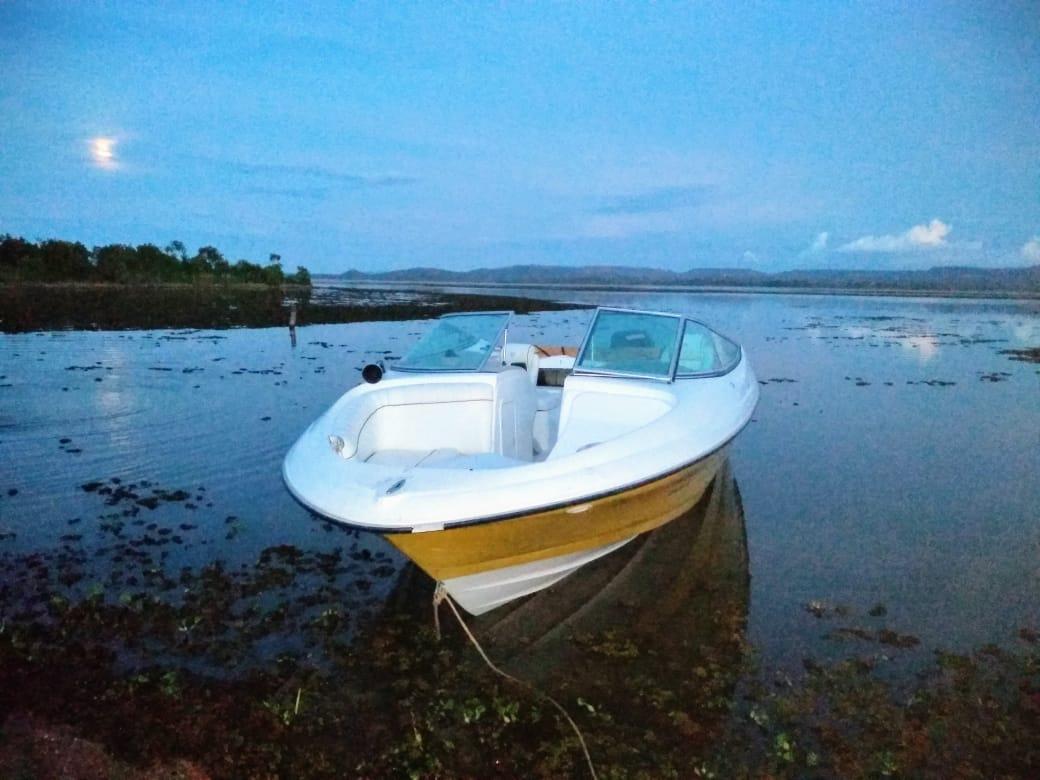 Luna Boats Lancha
