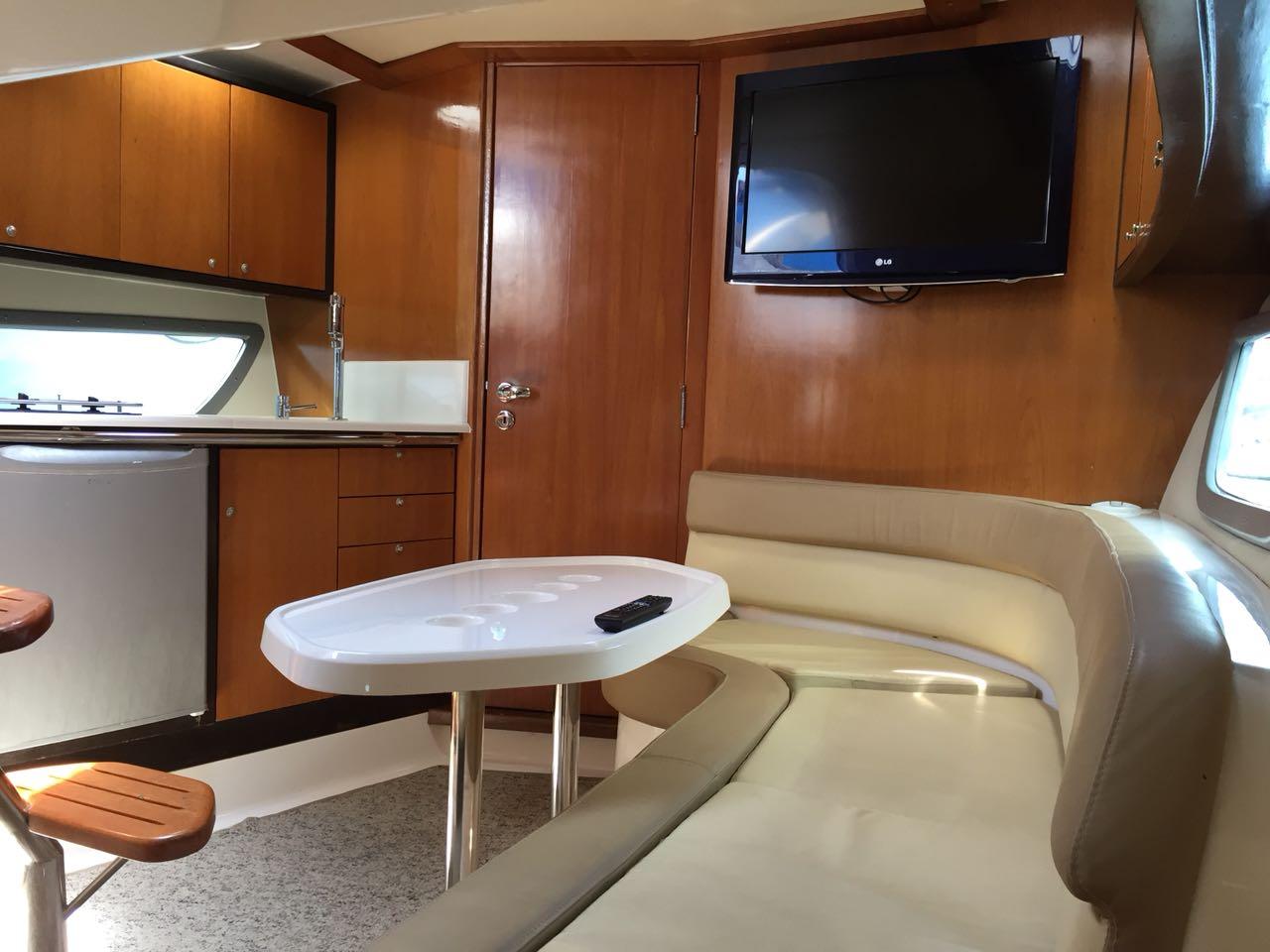 Triton Yachts 360
