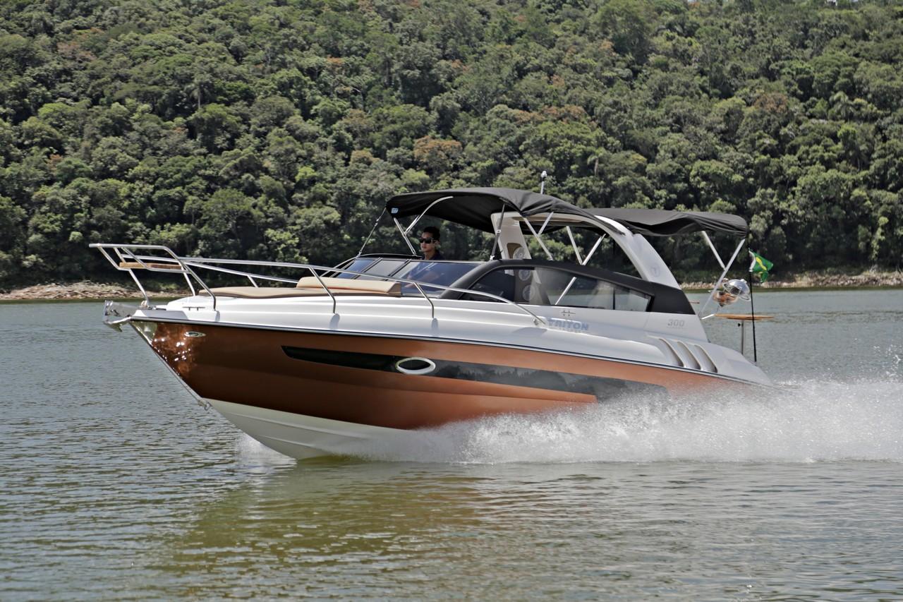 Triton Yachts 300 SPORT