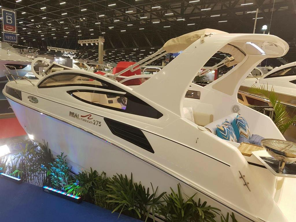 Real Powerboats REAL 275