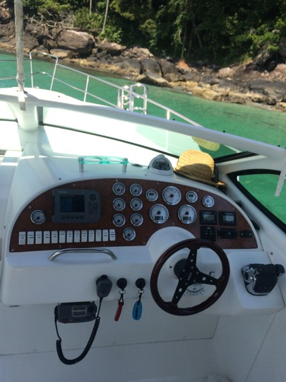 Real Powerboats Class 31