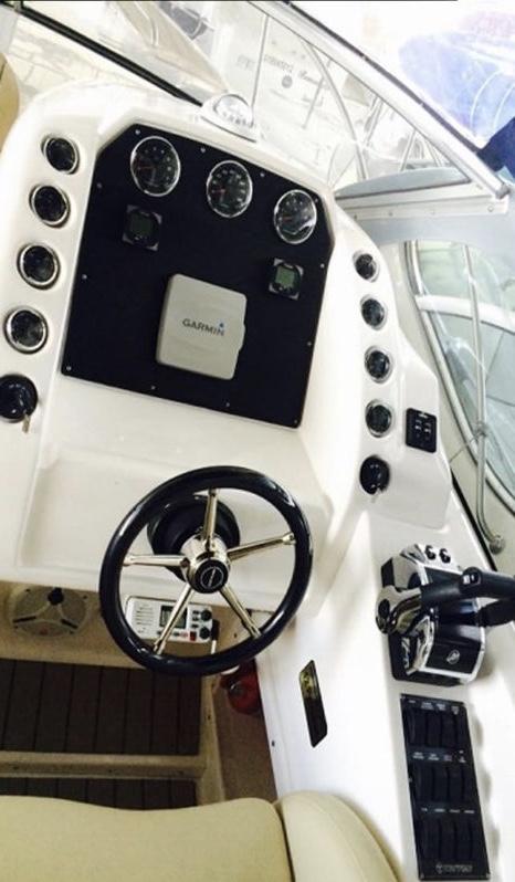 Triton Yachts 330