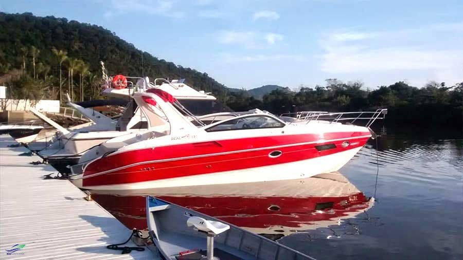 Real Powerboats Top 320