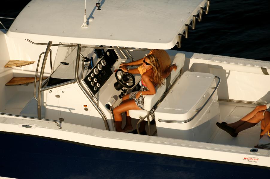Fishing 32 Cuddy