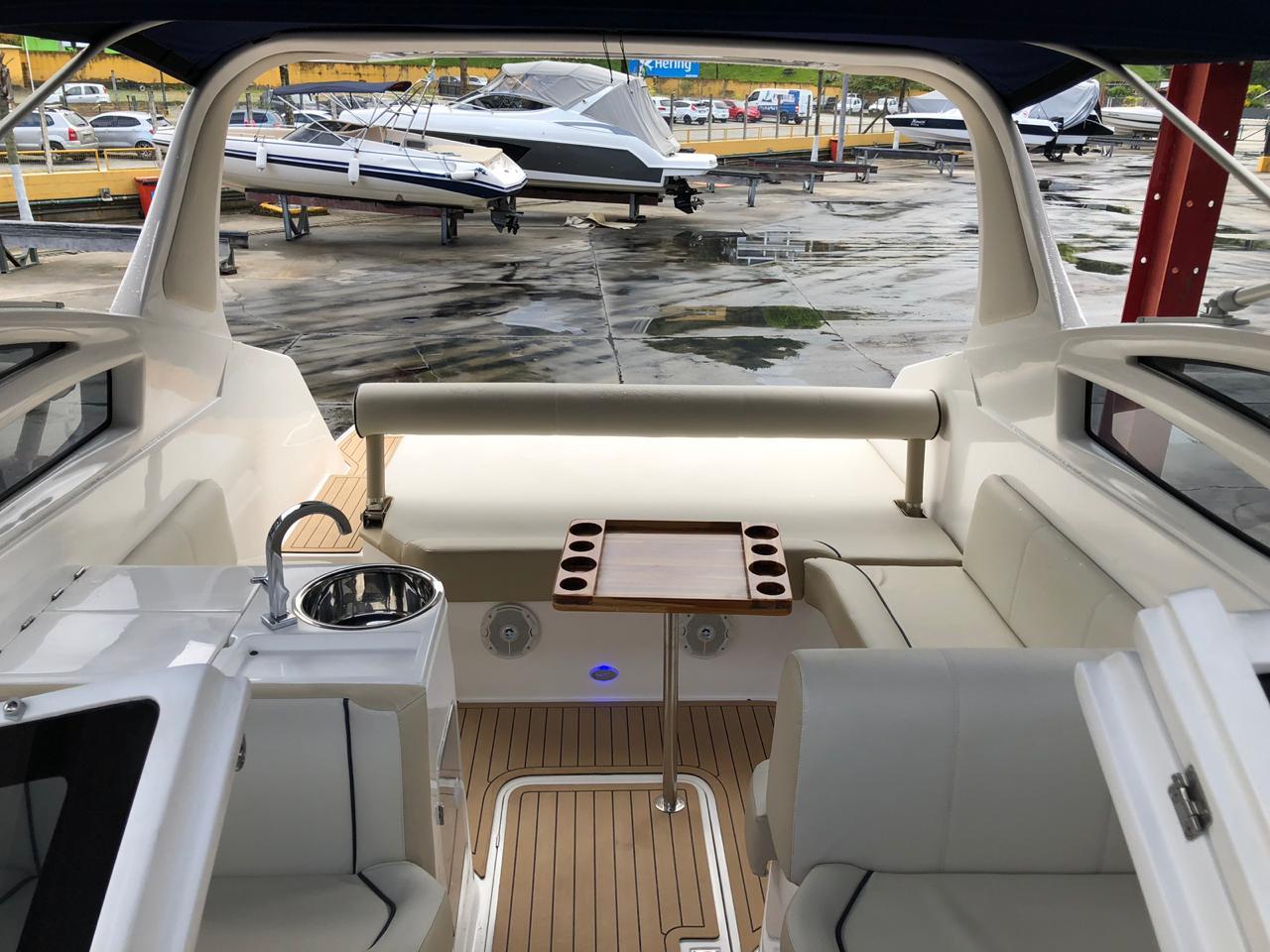 Real Powerboats REAL 275