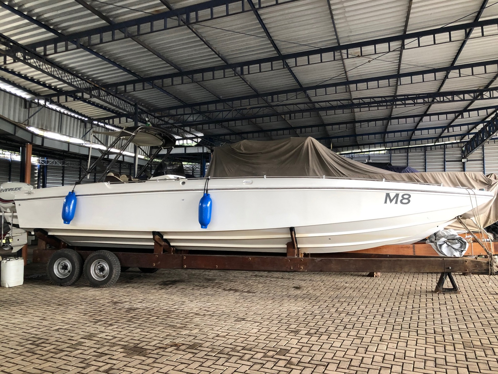 Lothar Boats Cabriolet 33