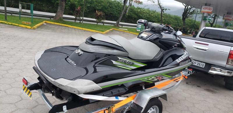 Yamaha FZR SHO