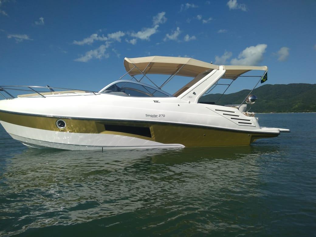 Singular Boats 270