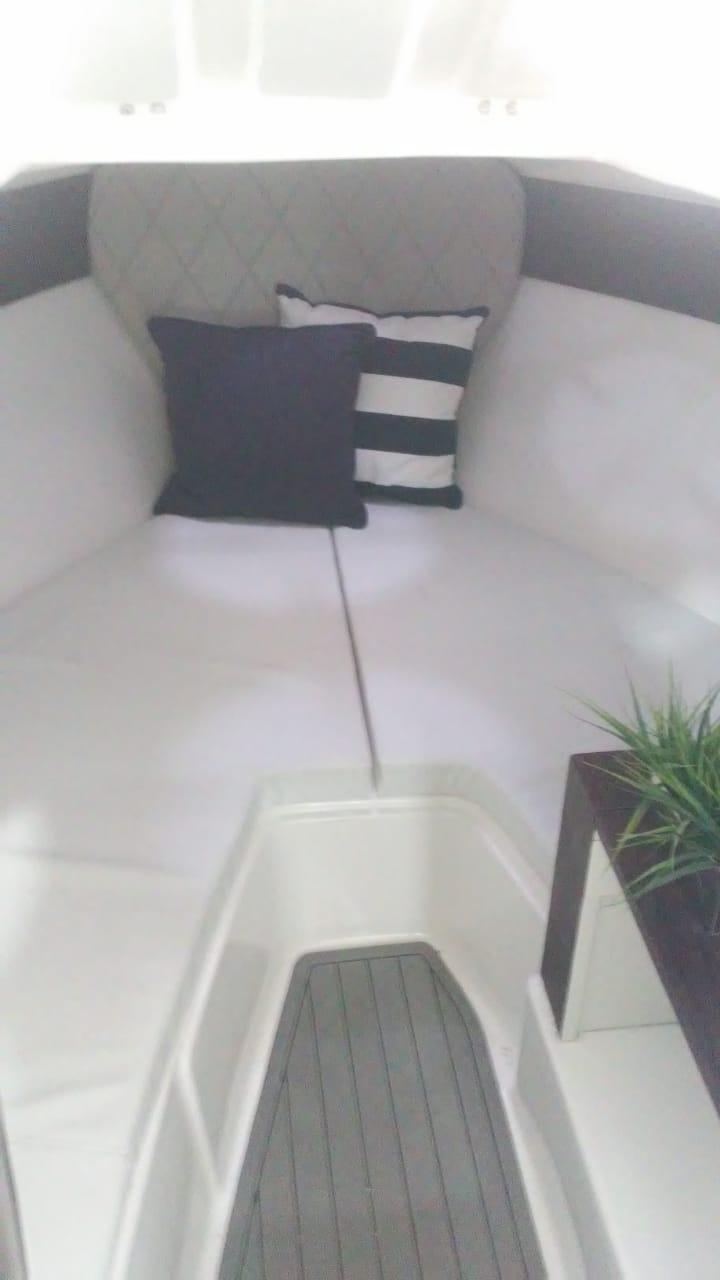 Solara 235 Cabin