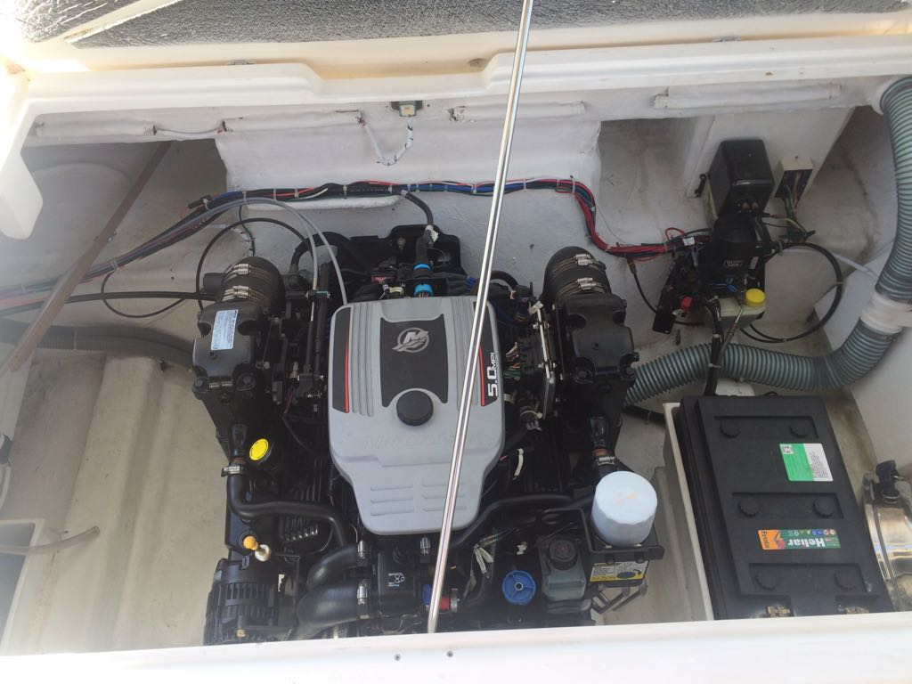 Real Powerboats Real 260
