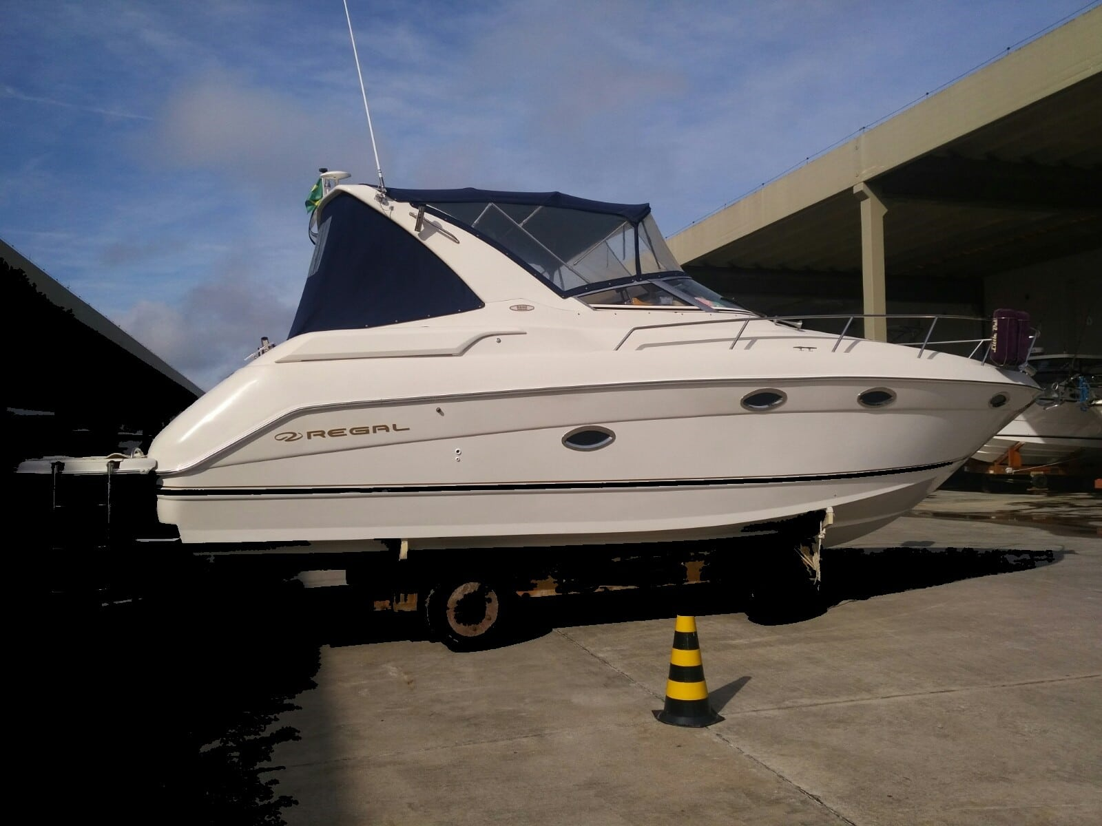 Regal Boats 3260