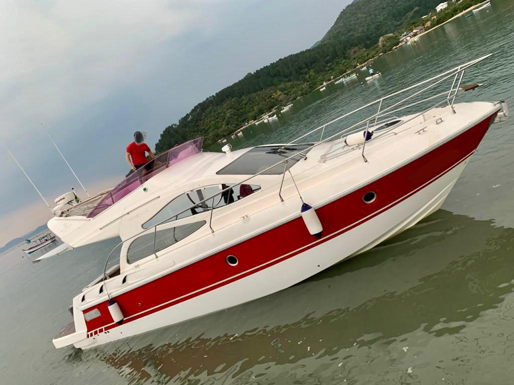 Schaefer Yachts Phantom 385 Fly