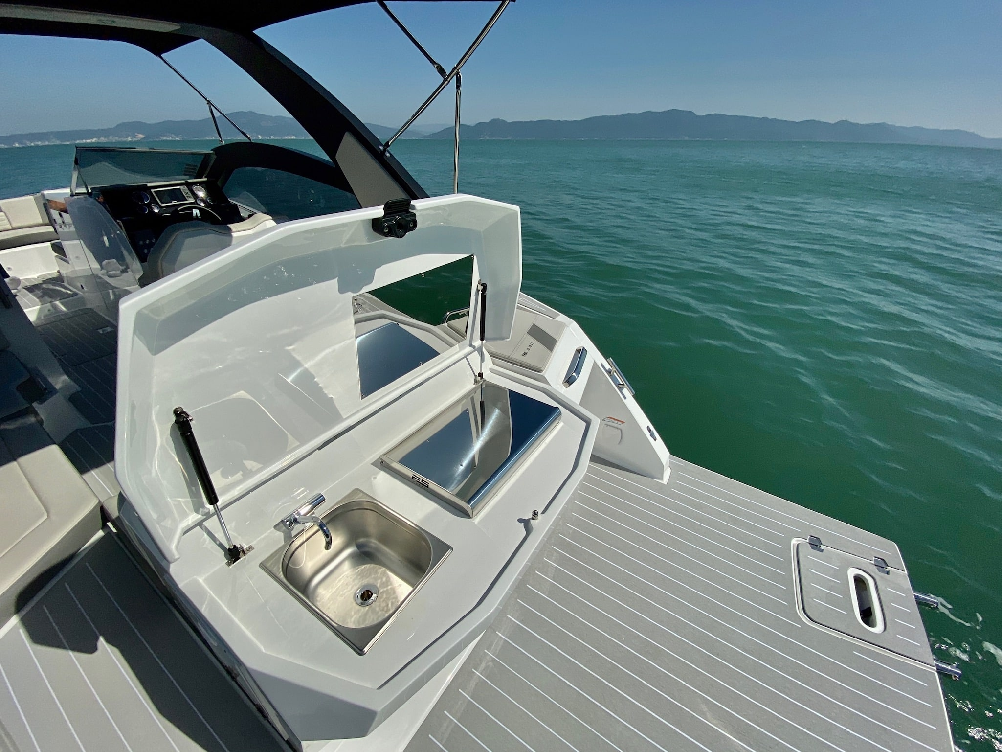 FS Yachts 290 Wide