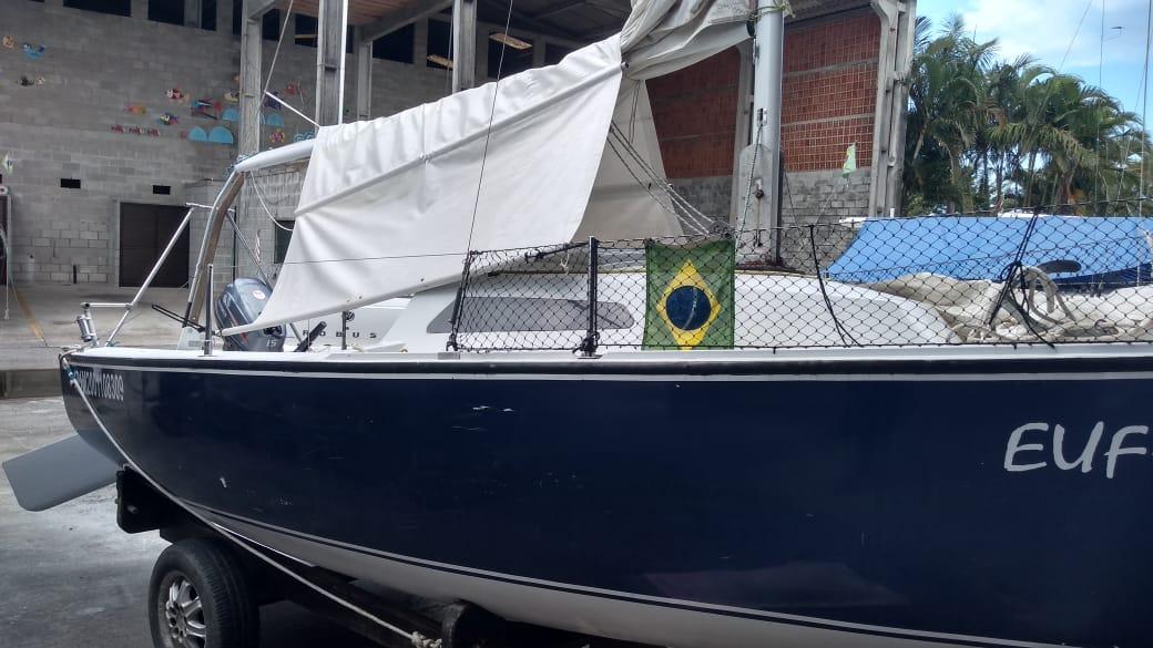 Float Tahiti 16