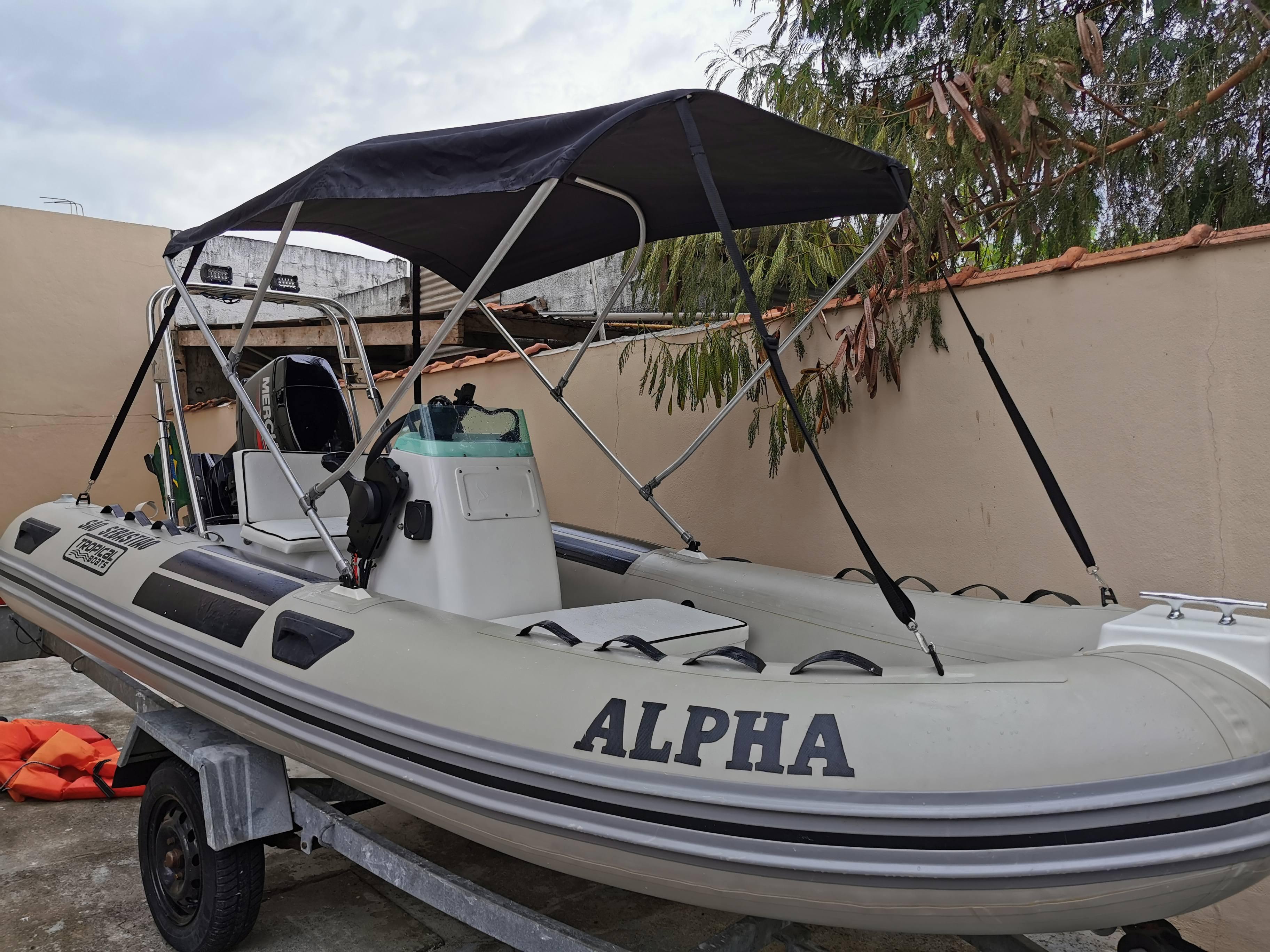 Tropical Boats 420