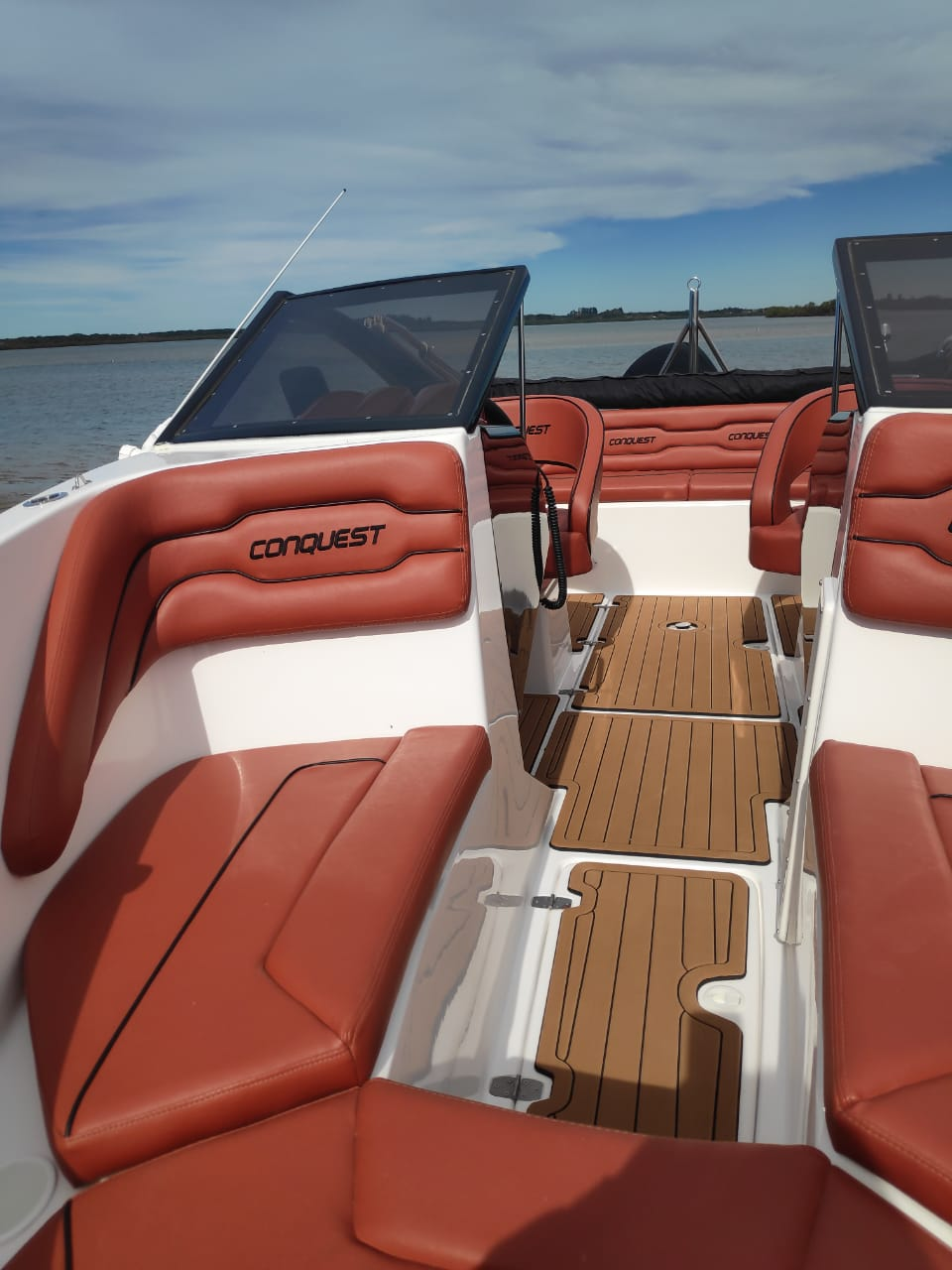 LF Yachts Conquest 180