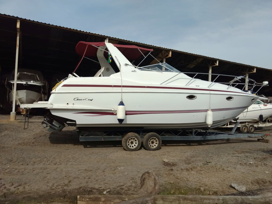 Chris Craft Crowne 33