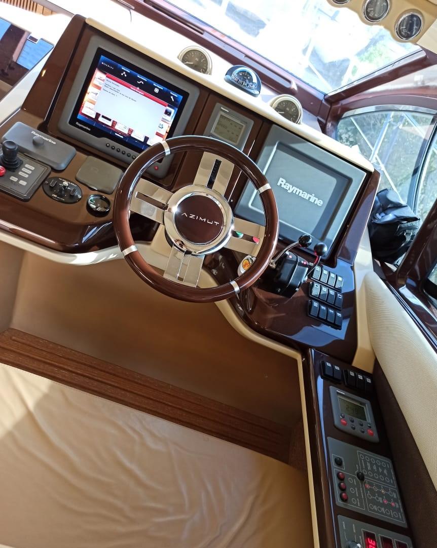Azimut Yachts 47