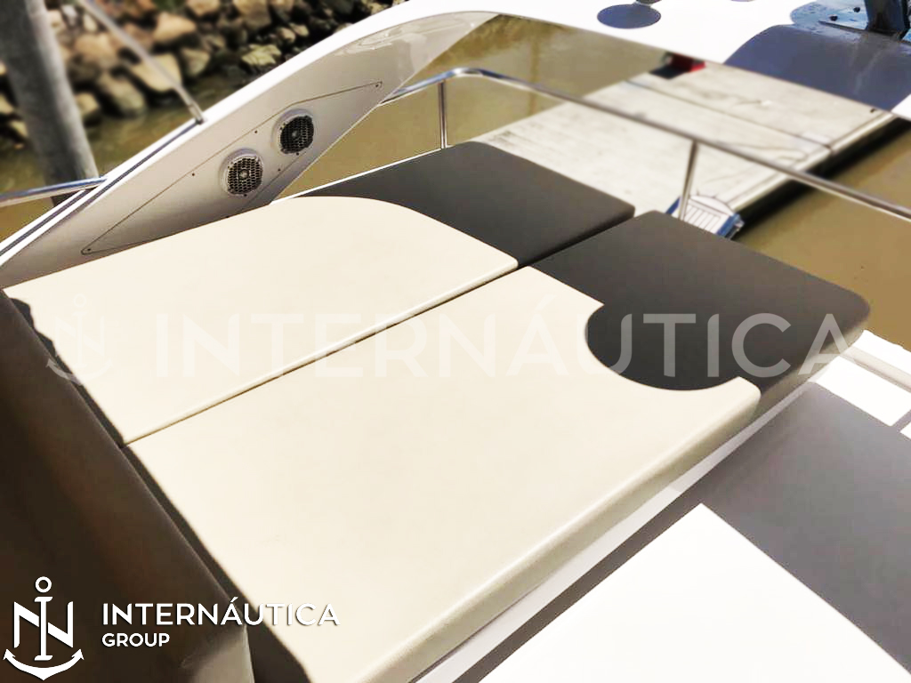 Intermarine 53