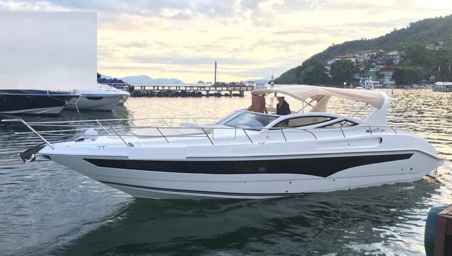 Real Powerboats 420 HT