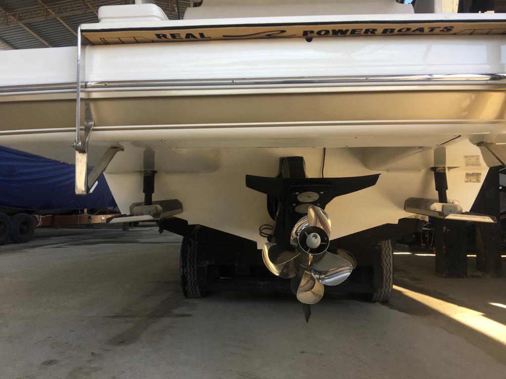Real Powerboats Flash 275