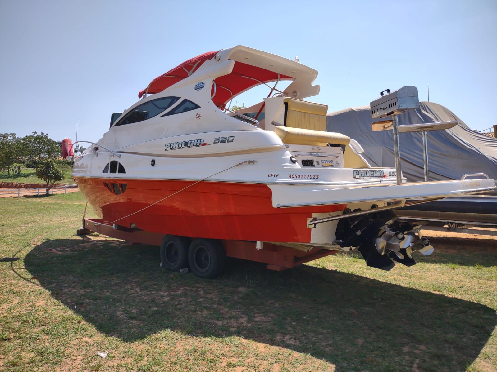 Phoenix Boats 360 Full