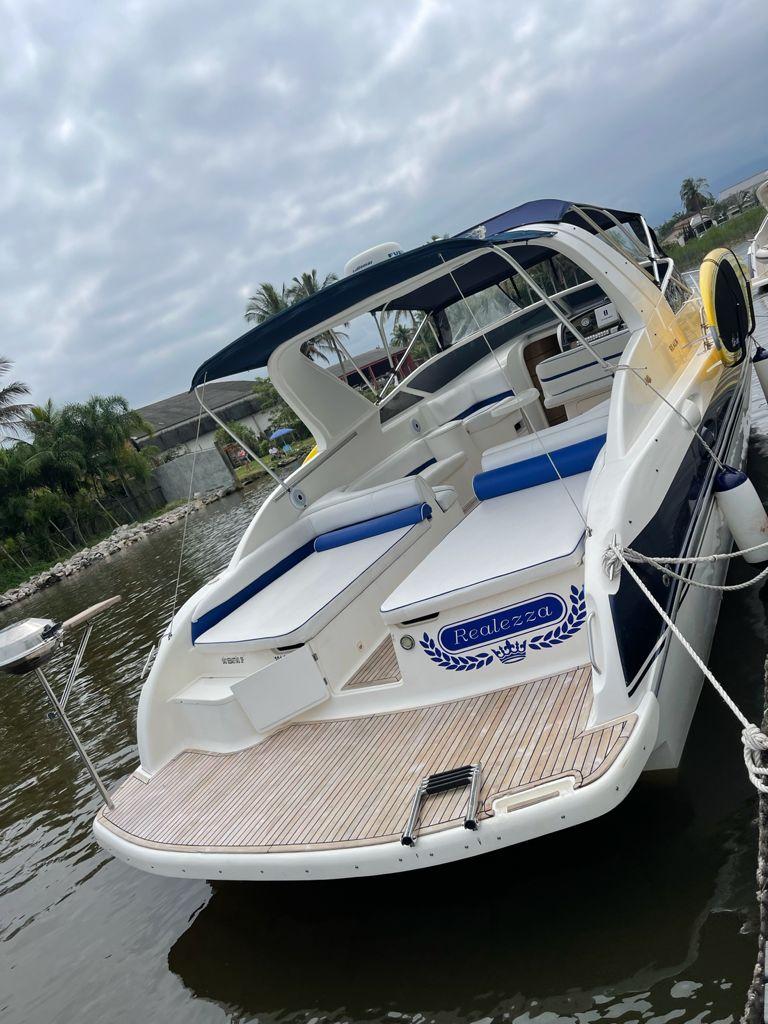 Real Powerboats 36